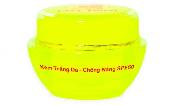 Kem trắng da chống nắng SPF 50
